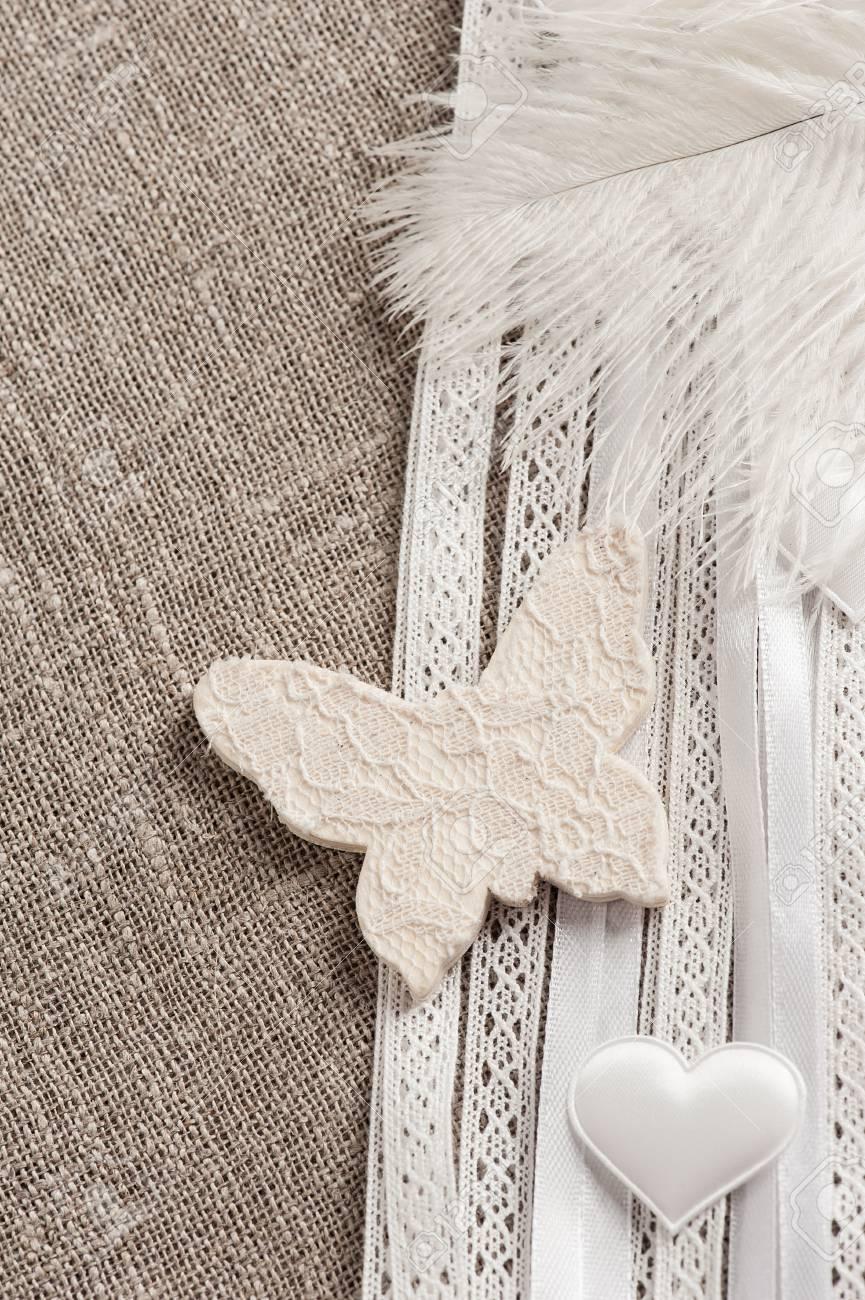 Leinen Hintergrund Mit Hochzeitsdekoration Weiss Schmetterling