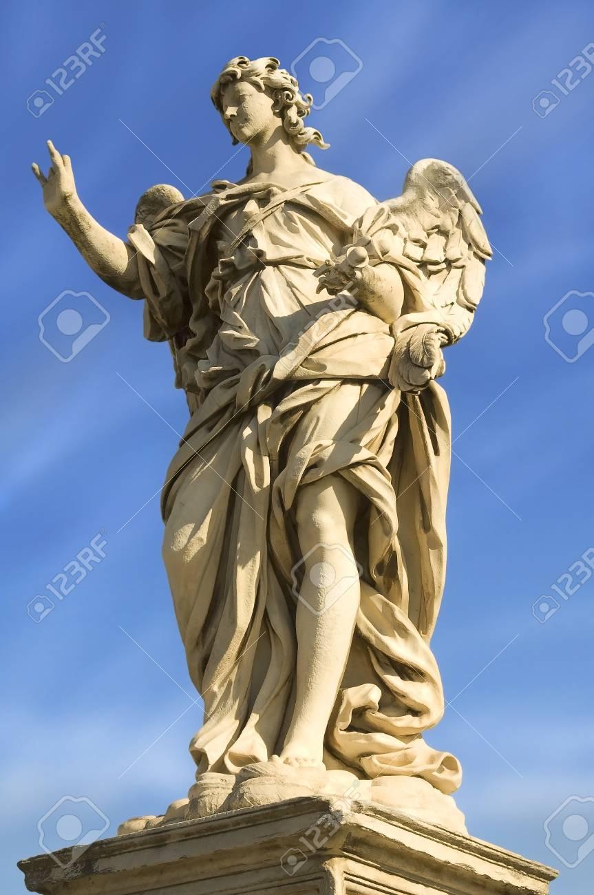 angel statue Stock Photo - 12179743