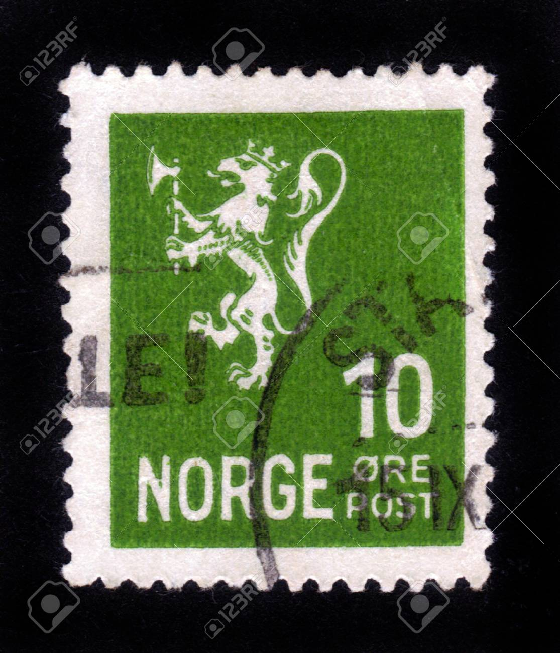 NORWAY - CIRCA 1953: A stamp printed in Norway shows image of a lion, series, circa 1953 Stock Photo - 14388393