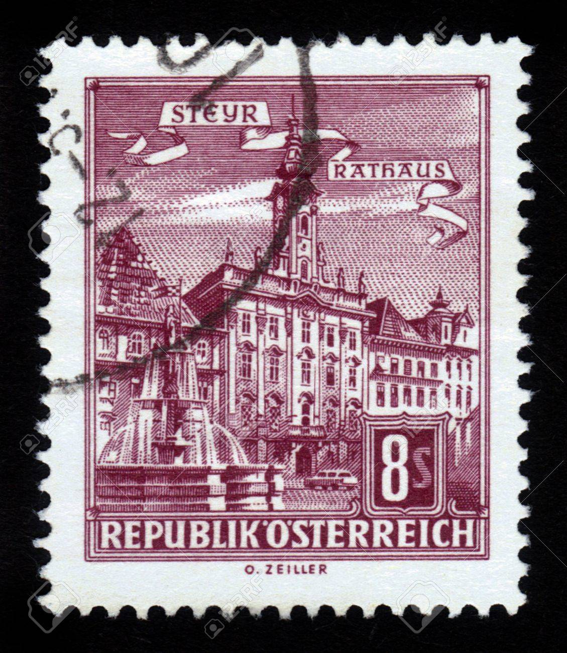AUSTRIA - CIRCA 1964: A stamp printed in Austria showing Steyr  town hall , Rathaus circa 1964 Stock Photo - 17326960