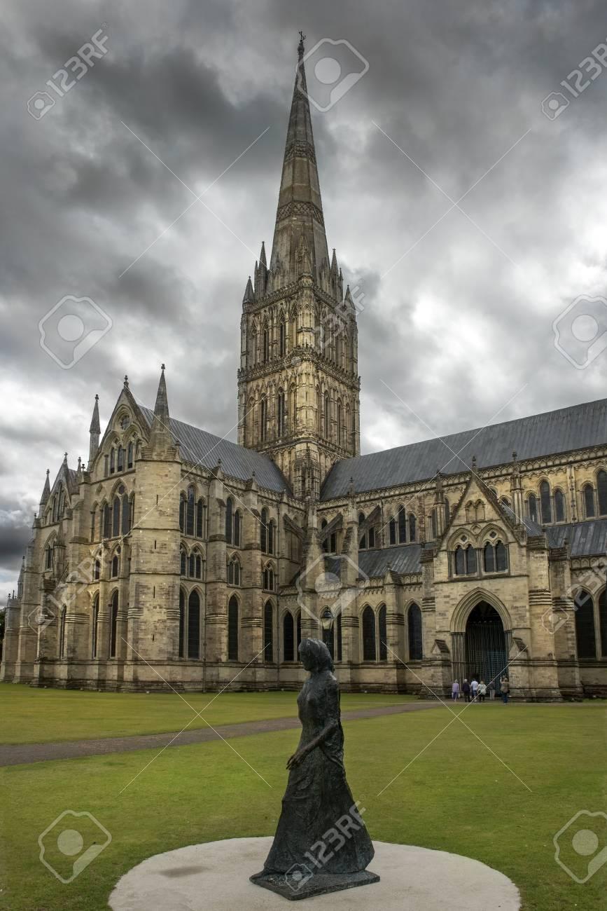 ソールズベリー大聖堂、大聖堂、教会、聖母マリアとして正式に知られて ...