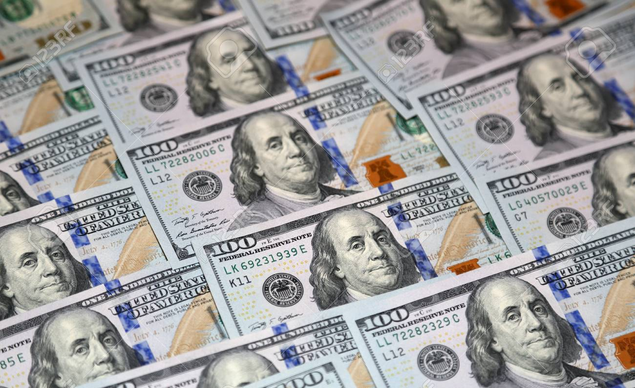 American paper currency notes with a nominal value of 100 US