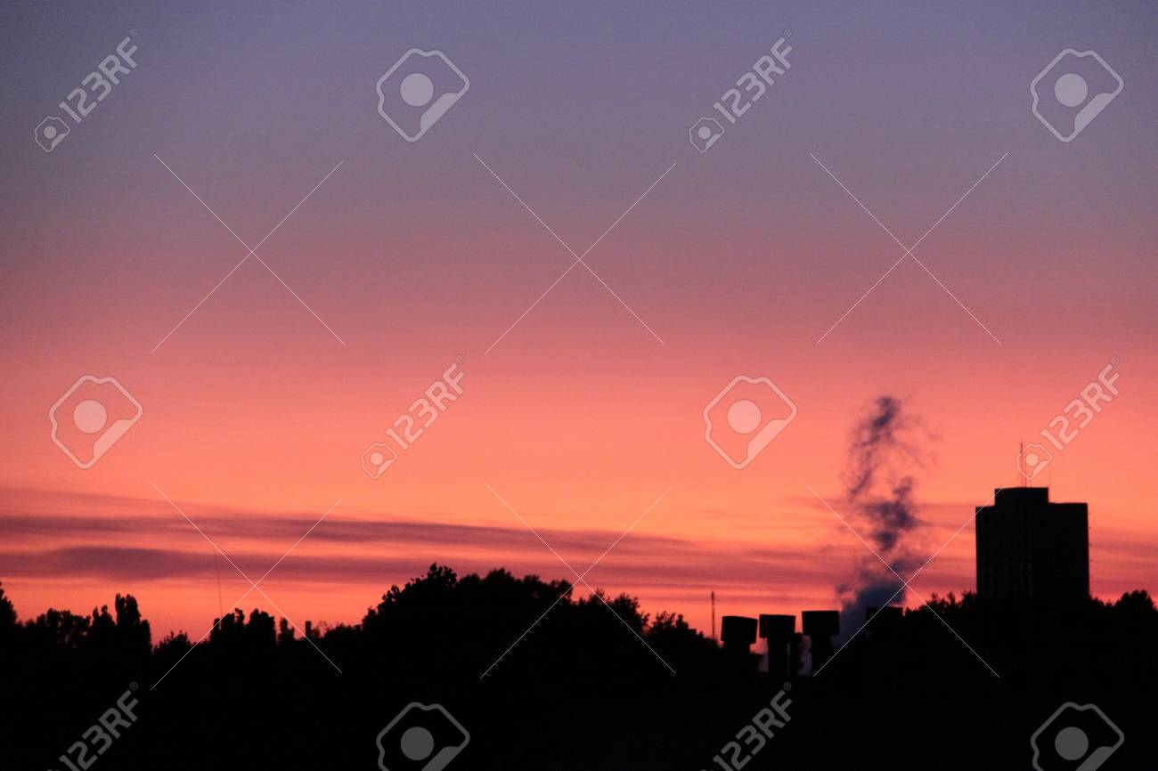 Sunset sky with dramatic clouds Stock Photo - 10019791