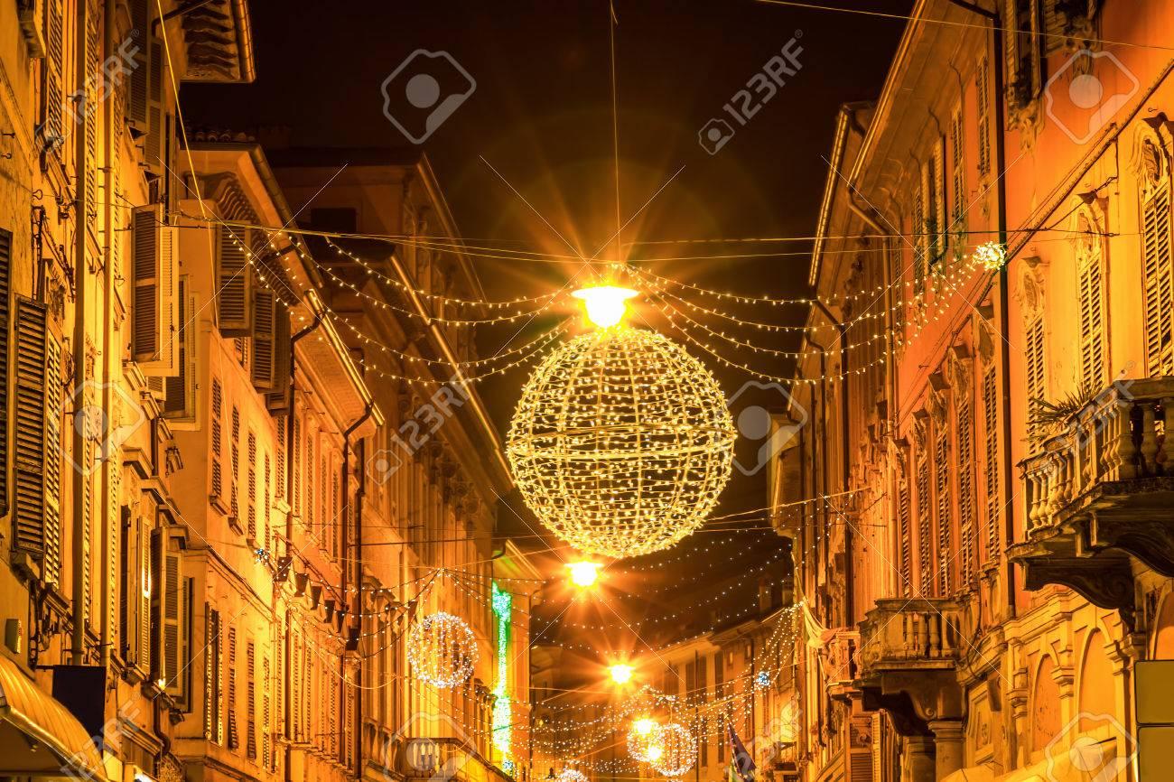 Nachtstraße In Reggio Emilia Emilia Romagna Italien Lizenzfreie