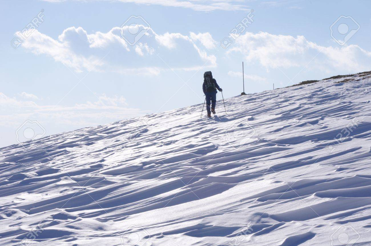 Winter hiking in the Mountain Stock Photo - 16927781
