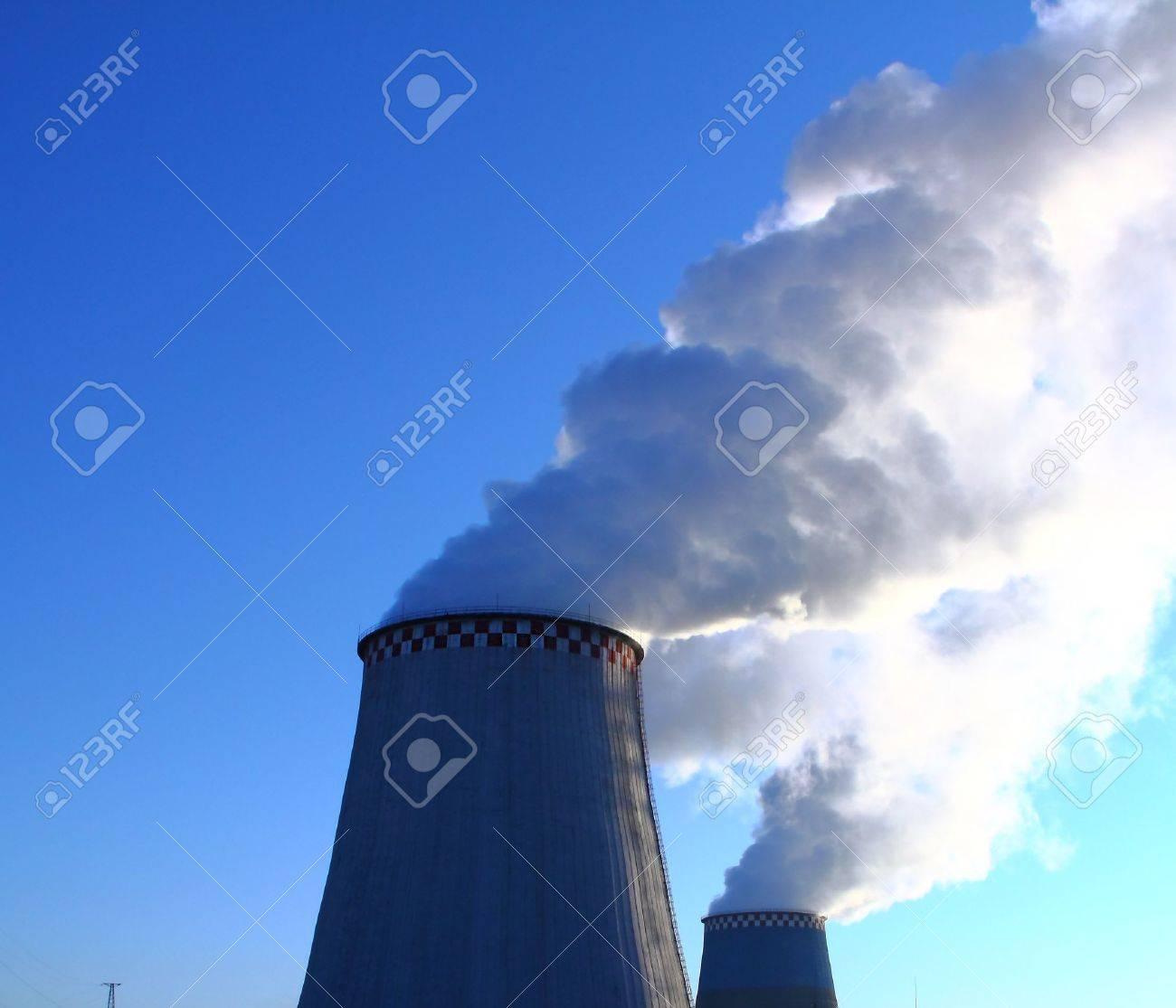 Smoking chimneys. Heat Electric Station. - 10739886