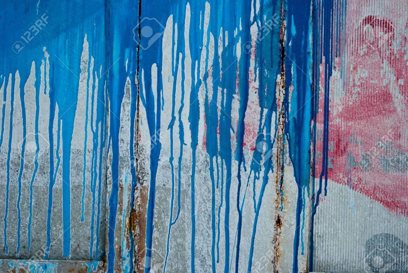 Concrete Wall Concrete Slate Streams Of Spray Paint Graffiti