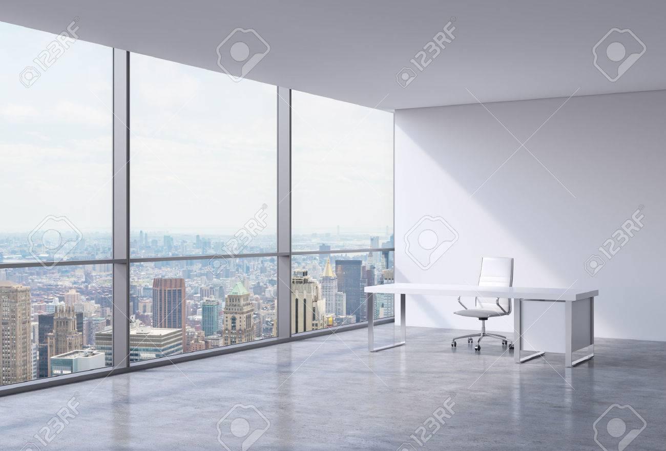 New Chaise Table Panoramique Lieu De Coin BlancheConcept Travail À Blanc Un YorkManhattanUne En Dans Moderne Cuir Et Bureau c54jLR3qAS