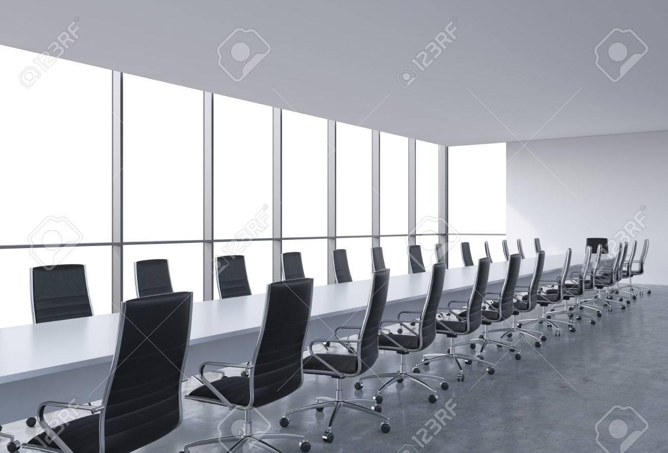 Salle de conférence panoramique dans le bureau moderne copiez vue
