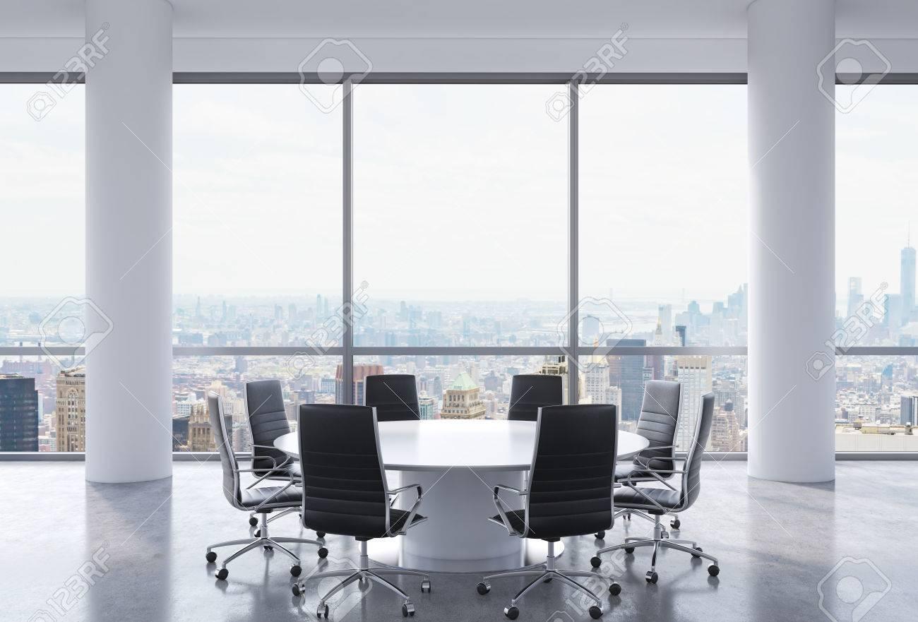 Ufficio Moderno Foto : Sala conferenze panoramica in ufficio moderno new york vista