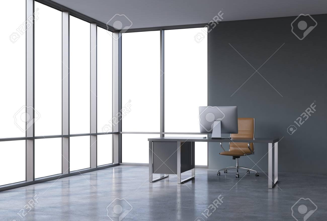 Un lieu de travail dans un bureau panoramique de coin moderne avec
