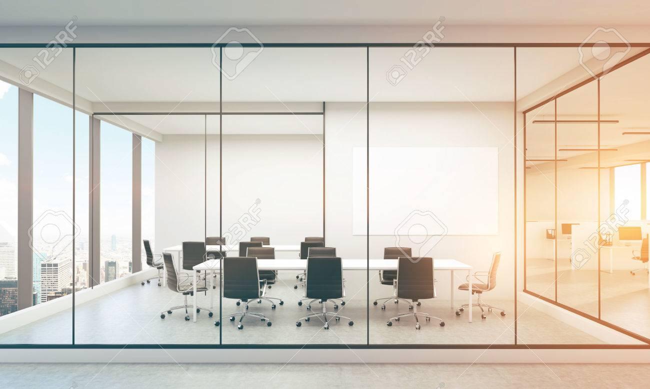 Tableau Blanc Bureau : Inter bureau avec tableau blanc vierge new york vue sur la ville