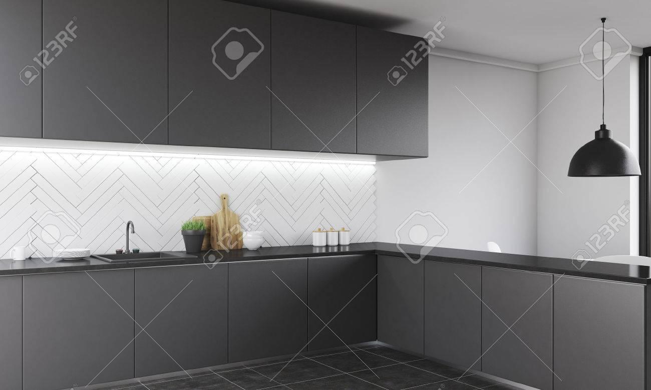 Encimera De La Cocina Moderna En El Apartamento Contemporáneo ...