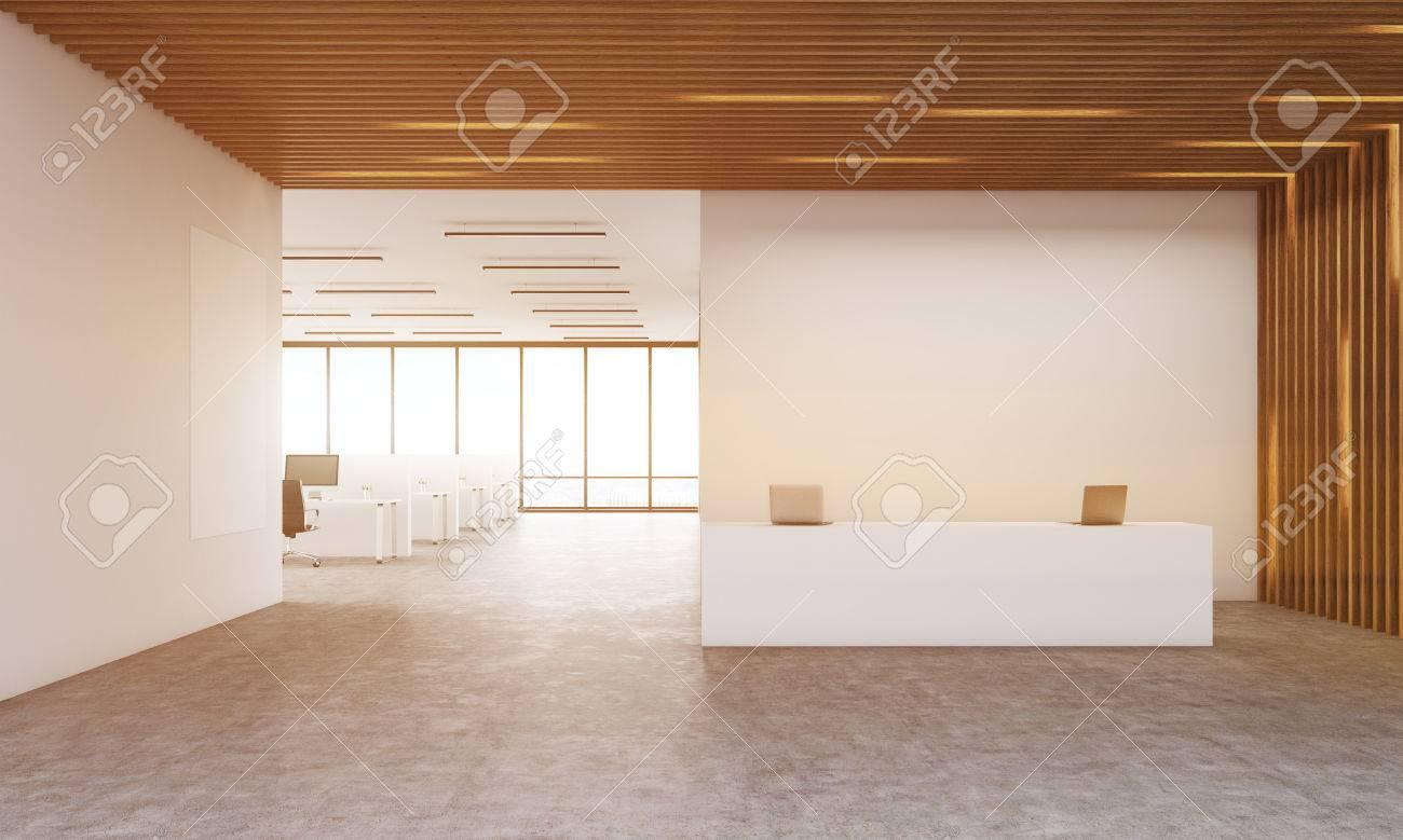 Intérieur de corporation moderne avec le bureau de réception et la