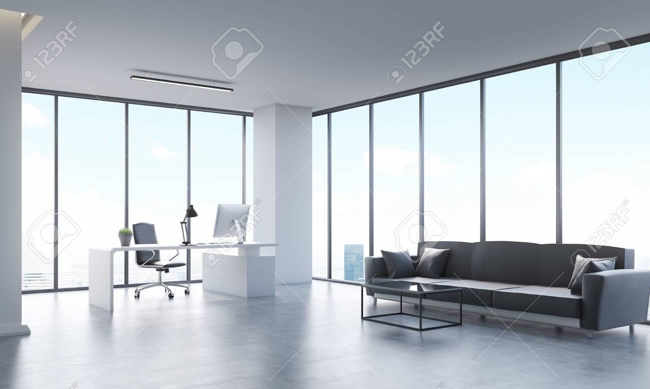 Ufficio Bianco E Grigio : Città vista panoramica dalla carica con lunghi divano grigio tavolo