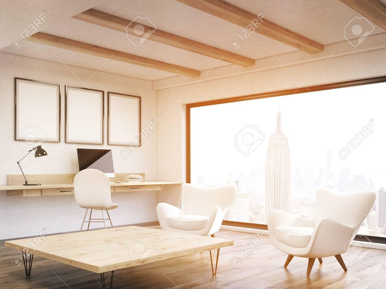 Sonnenbeschienenem Buro Zu Hause In New York City Wohnung Mit