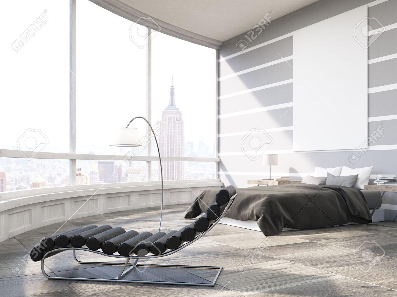Master Schlafzimmer Mit Bett, Massagesessel Und Großes Plakat Auf Graue Wand.  Panoramafenster Mit