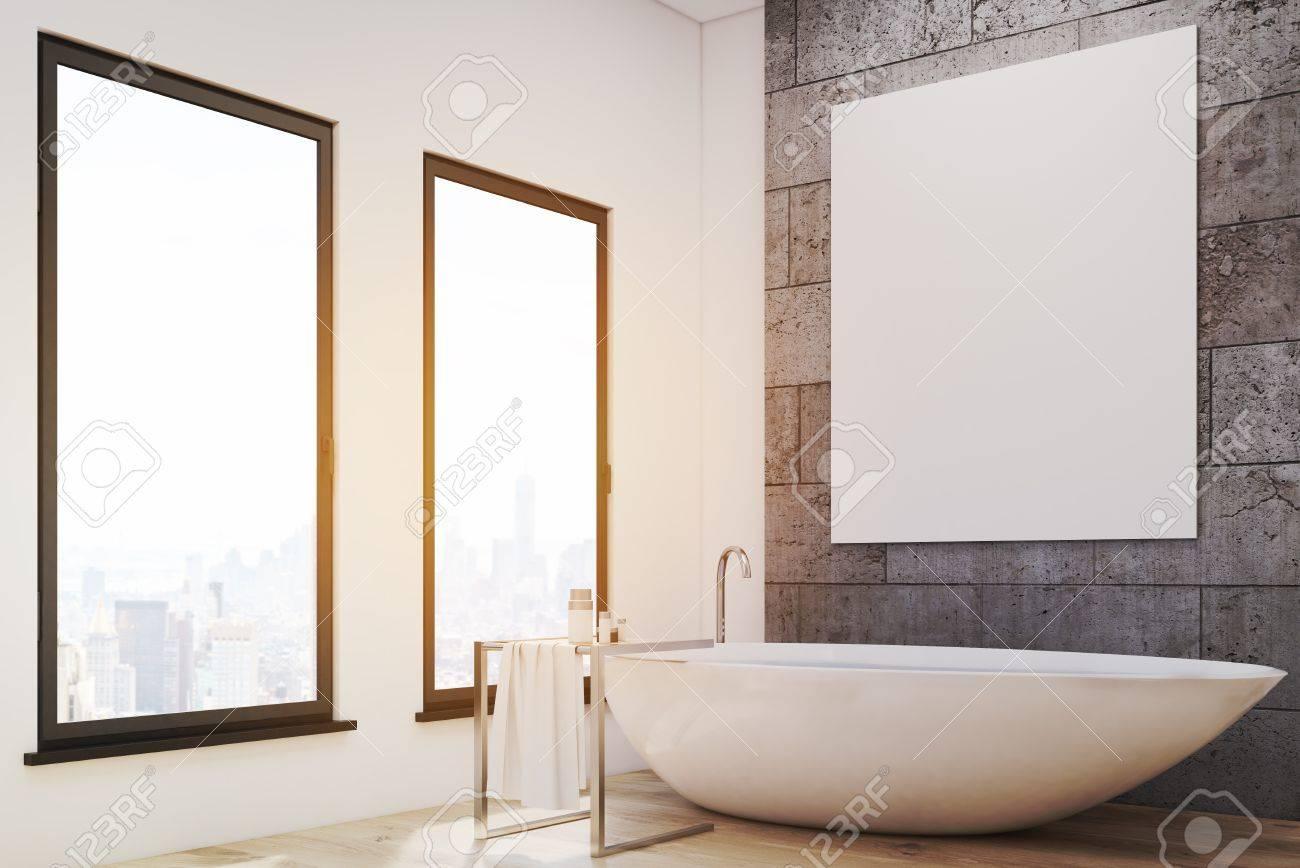 Affiche Salle De Bain ~ coin d une salle de bains avec deux fen tres baignoire blanche et