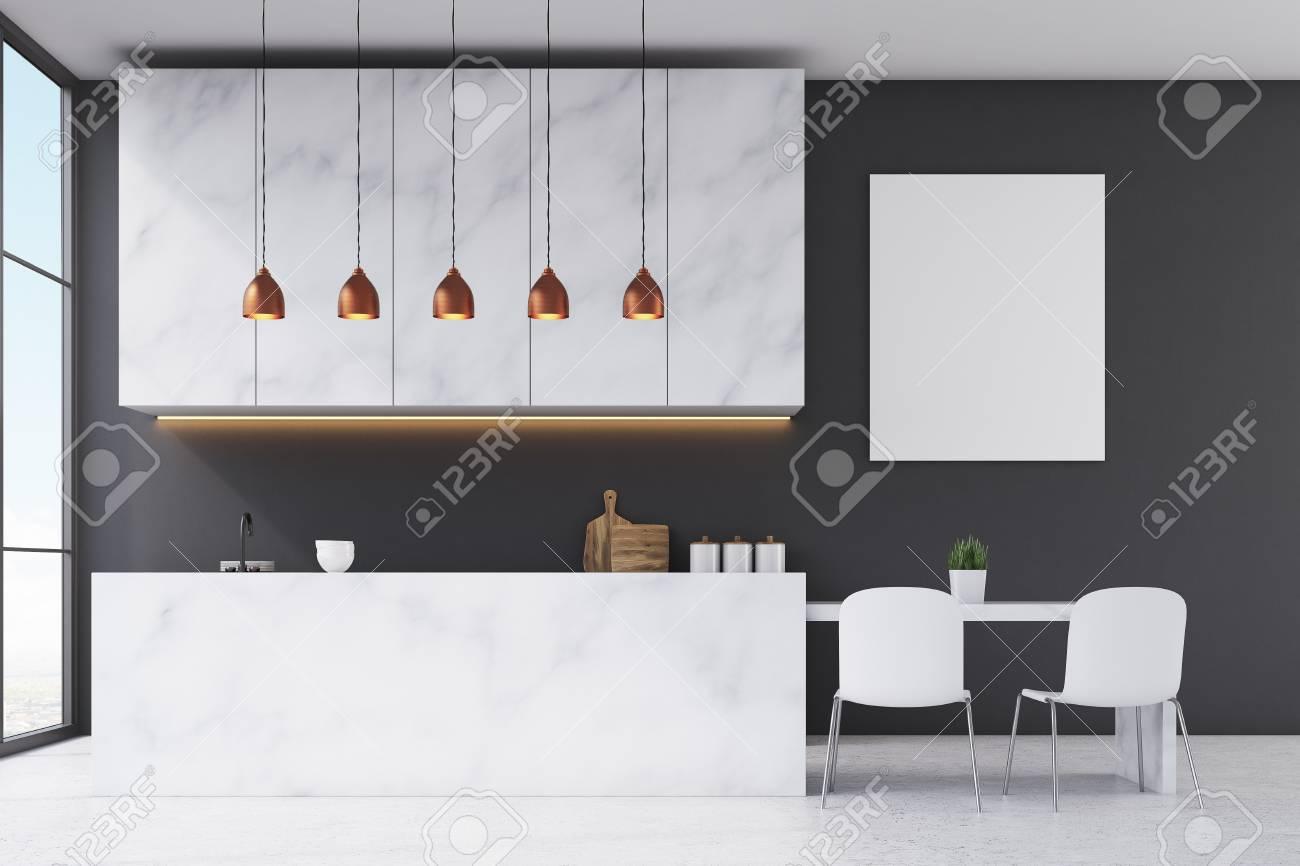 Cocina Con Muebles De Mármol, Paredes Negras, Ventana Panorámica Y ...