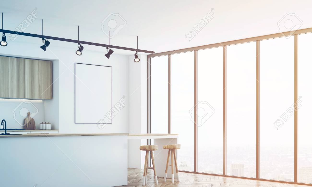Angolo di una cucina bianca con un bar e mobili in legno chiaro. C\'è un  poster incorniciato vuoto su un muro. Rendering 3D, mock up, tonica