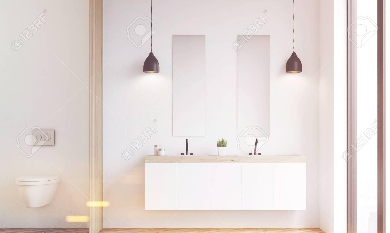 Bagni Moderni Doppio Lavabo.Immagini Stock Vista Frontale Di Un Bellissimo Bagno Moderno Con