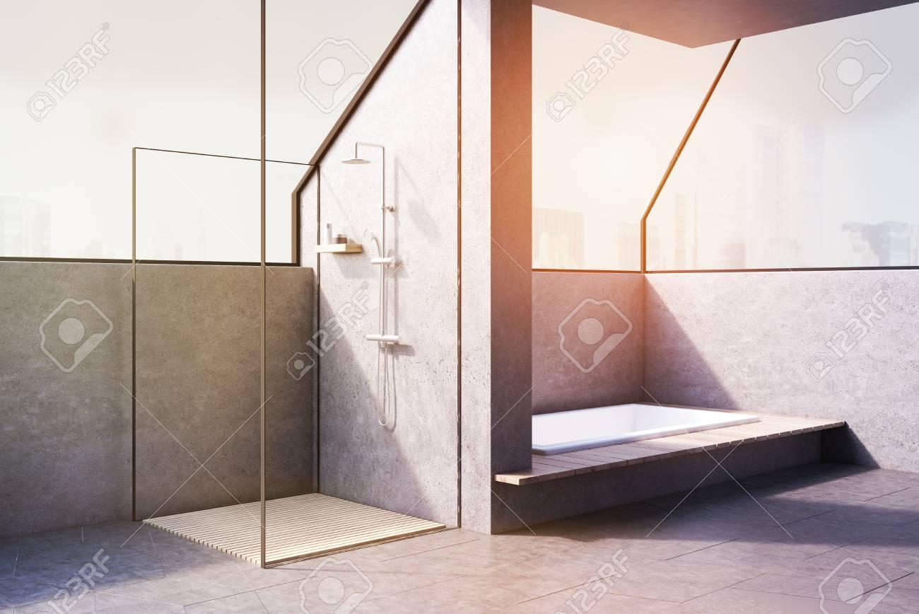 Coin D\'une Salle De Bain Avec Une Baignoire Encastrée Dans Le Sol Et ...