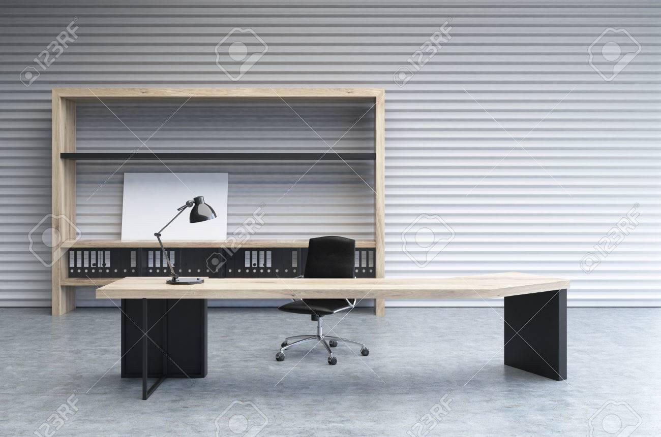 Intérieur dun bureau de bureau avec un mur perforé blanc un grand