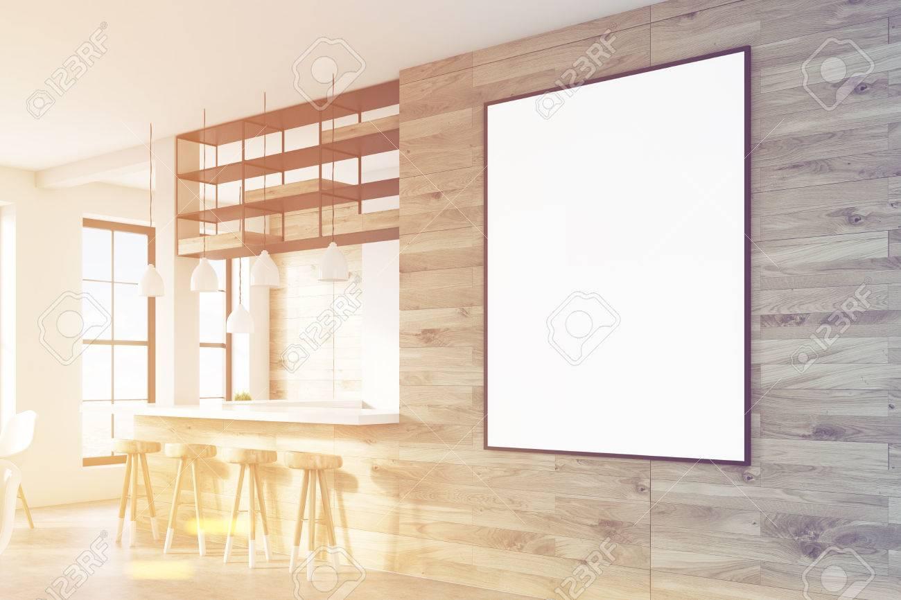 Seitenansicht Einer Bar Innenraum Mit Hellen Holzwänden, Eine ...