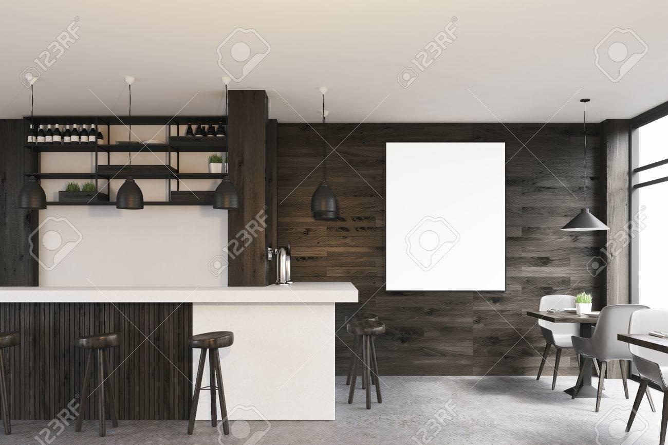 Sedie Bianche E Legno : Vista laterale di un interno di caffè in legno scuro con tavoli