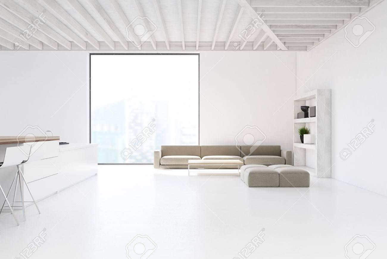 Cucina laccata bianco e grigio con isola e parete colonne