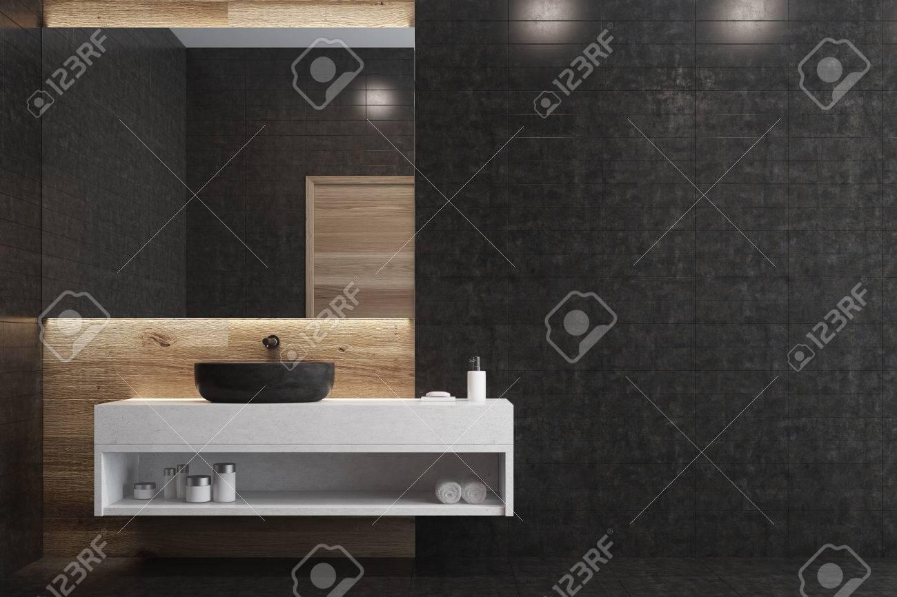 Int Rieur Luxueux De Salle De Bain Noir Avec Tag Re Blanche Et Un