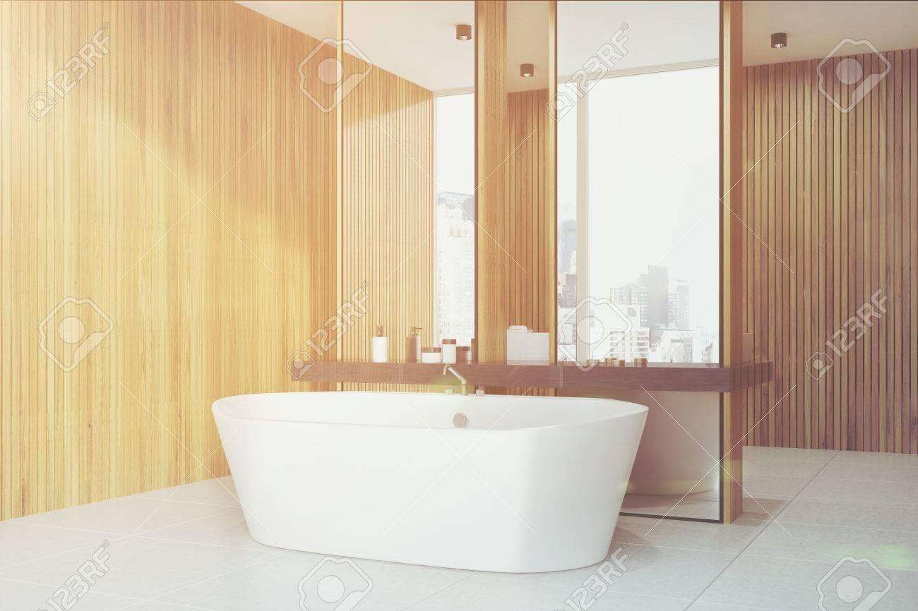 Miroir Salle De Bain Bois ~ int rieur de la salle de bain en bois avec un sol en b ton un