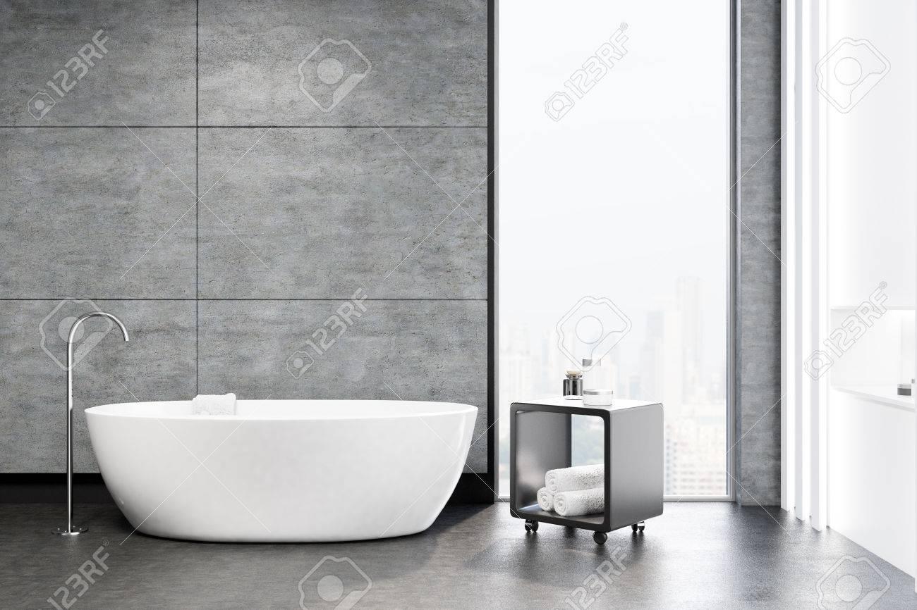 Grau Badezimmer Interieur Mit Einem Weißen Wanne, Eine Runde ...