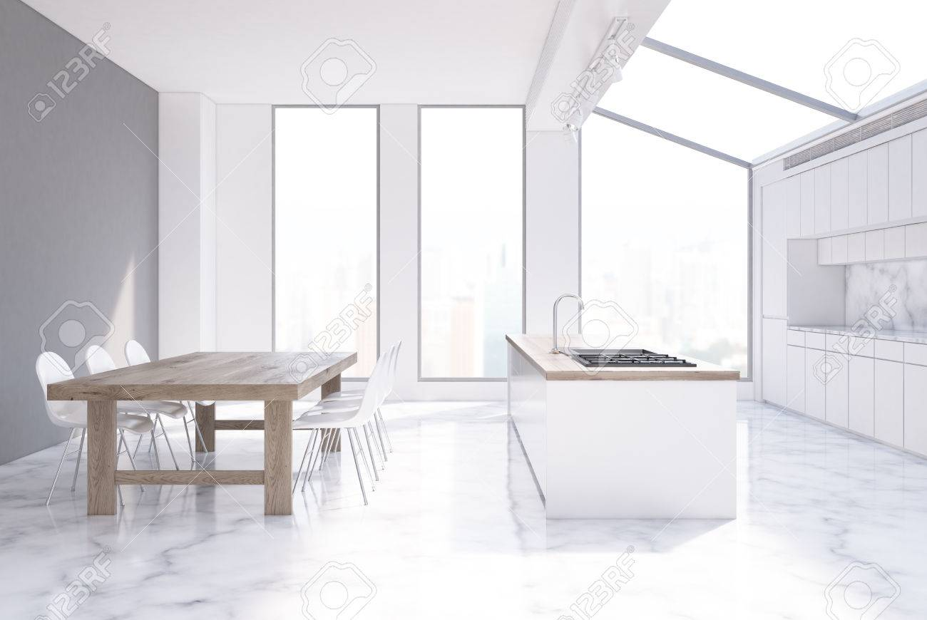Intérieur Un Fenêtres Blanches Grise BoisDeux Bois Table En Chaises Longue Comptoir De Rangées ÉtroitesUne Et Cuisine Avec Hautes 3L4Aq5Rj