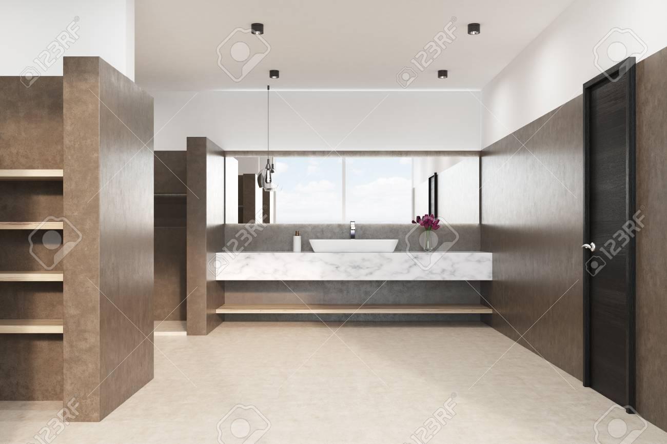 Intérieur de salle de bain marron avec sol blanc, douche, lavabo en marbre  et lampe d\'origine. Fleurs dans un vase. Vue de face. Rendu 3d maquette
