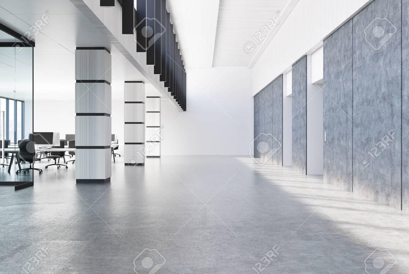 Konkrete Loftburovorhalle Mit Einem Grauen Boden Weissen Wanden Und