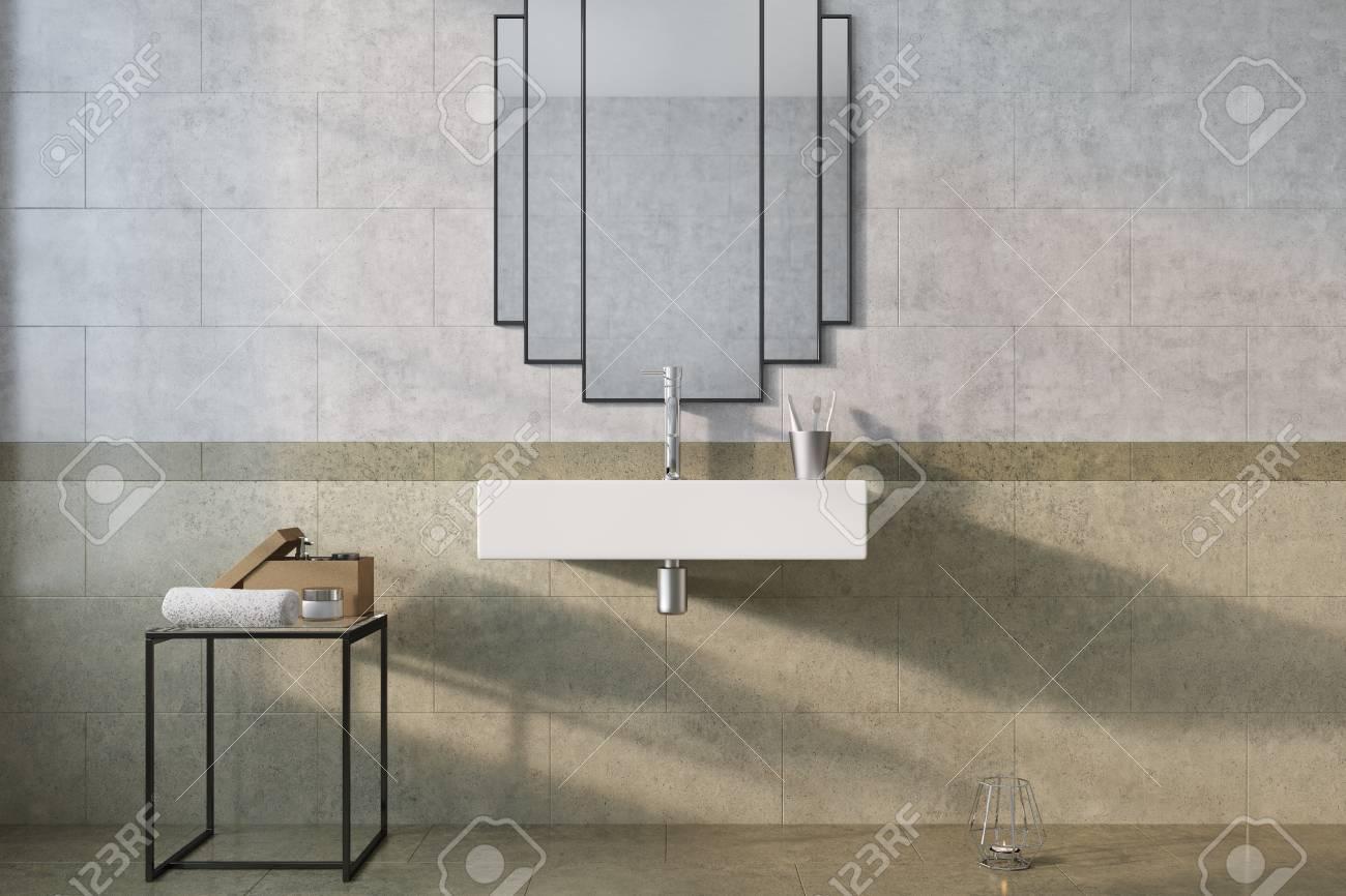 Interior De Baño Vintage Con Un Lavabo Blanco Y Una Pared De Mármol ...
