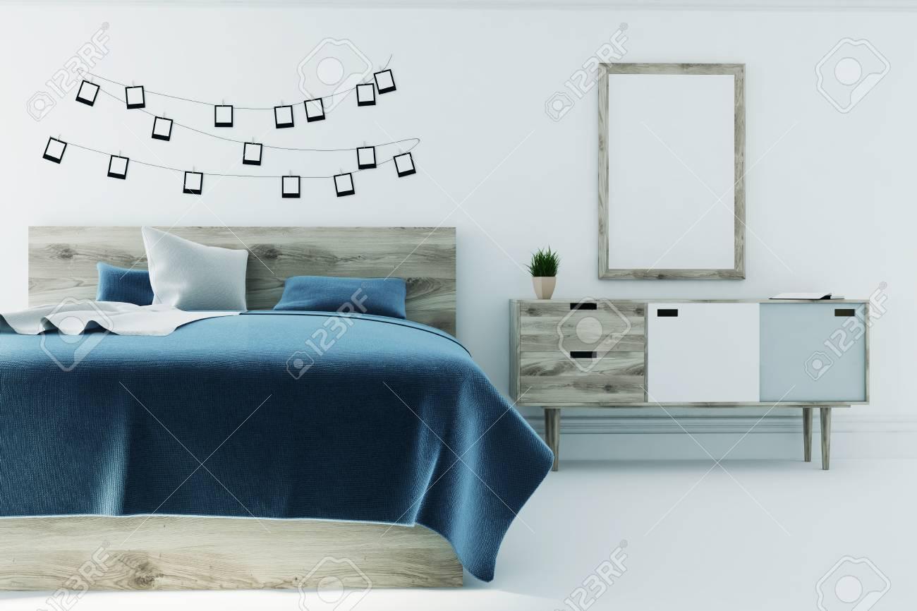 Intérieur De Chambre à Coucher Blanc Avec Une Couverture De Lit Gris ...