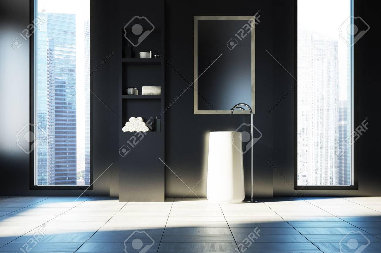 Schwarzes Badezimmer Interieur Mit Einem Weissen Boden Zwei Engen