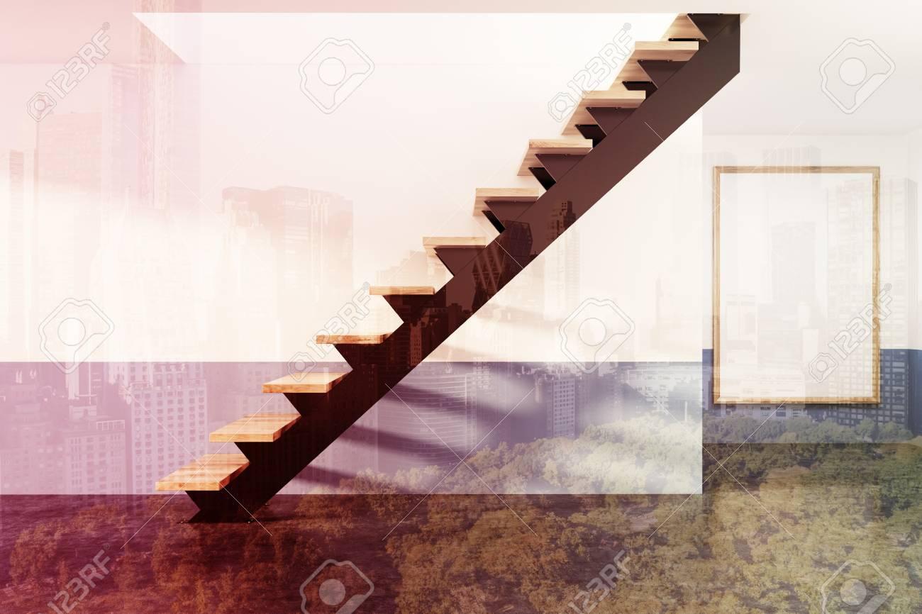 Vue De Côté D\'un Escalier Noir Et Bois Dans Un Grand Appartement ...