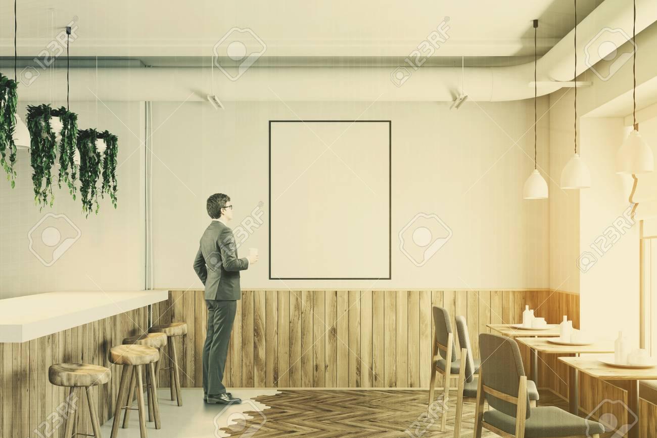 Immagini stock interno bar bianco con pavimento bianco e legno un