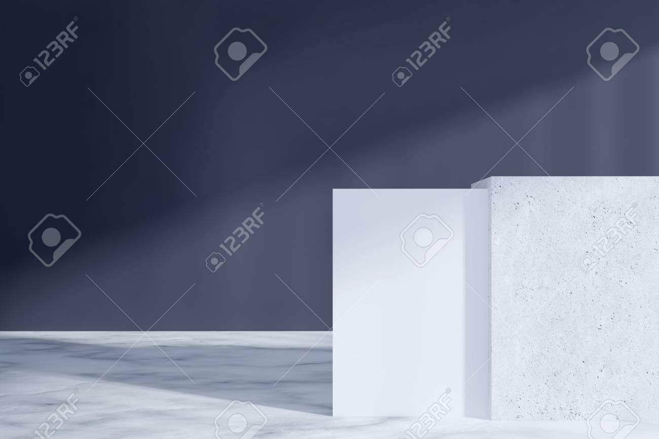 Vue de face dun intérieur de bureau noir avec un sol en marbre et