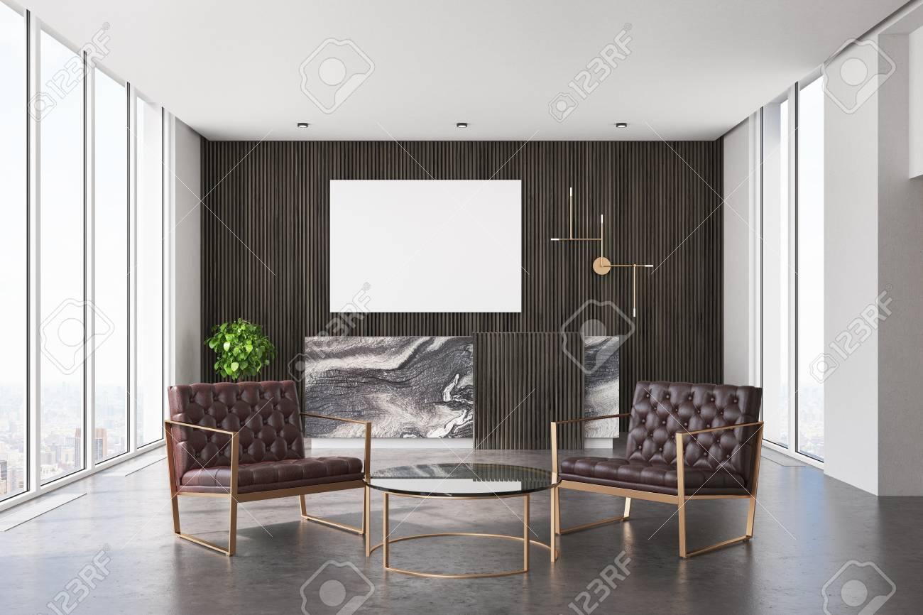 Bureau Bois Sombre : Intérieur de bureau en bois sombre avec un sol en béton et un