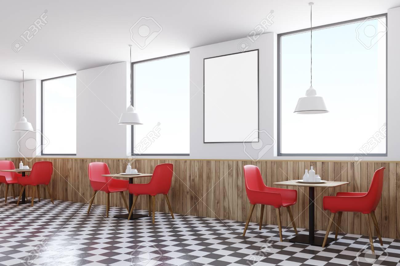 Angolo di caffè con piastrelle rosse con grandi finestre un