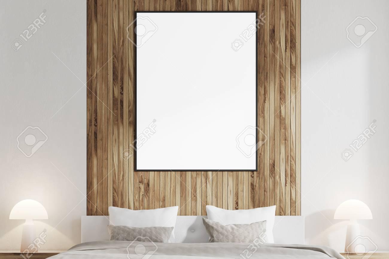 Schliessen Sie Oben Von Einem Weissen Und Dunklen Holzernen Schlafzimmer Mit Einem Vertikalen Plakat Auf Einer Dunklen Holzernen Wand Und Einer Grauen Decke Spott Der Wiedergabe 3d Lizenzfreie Fotos Bilder Und
