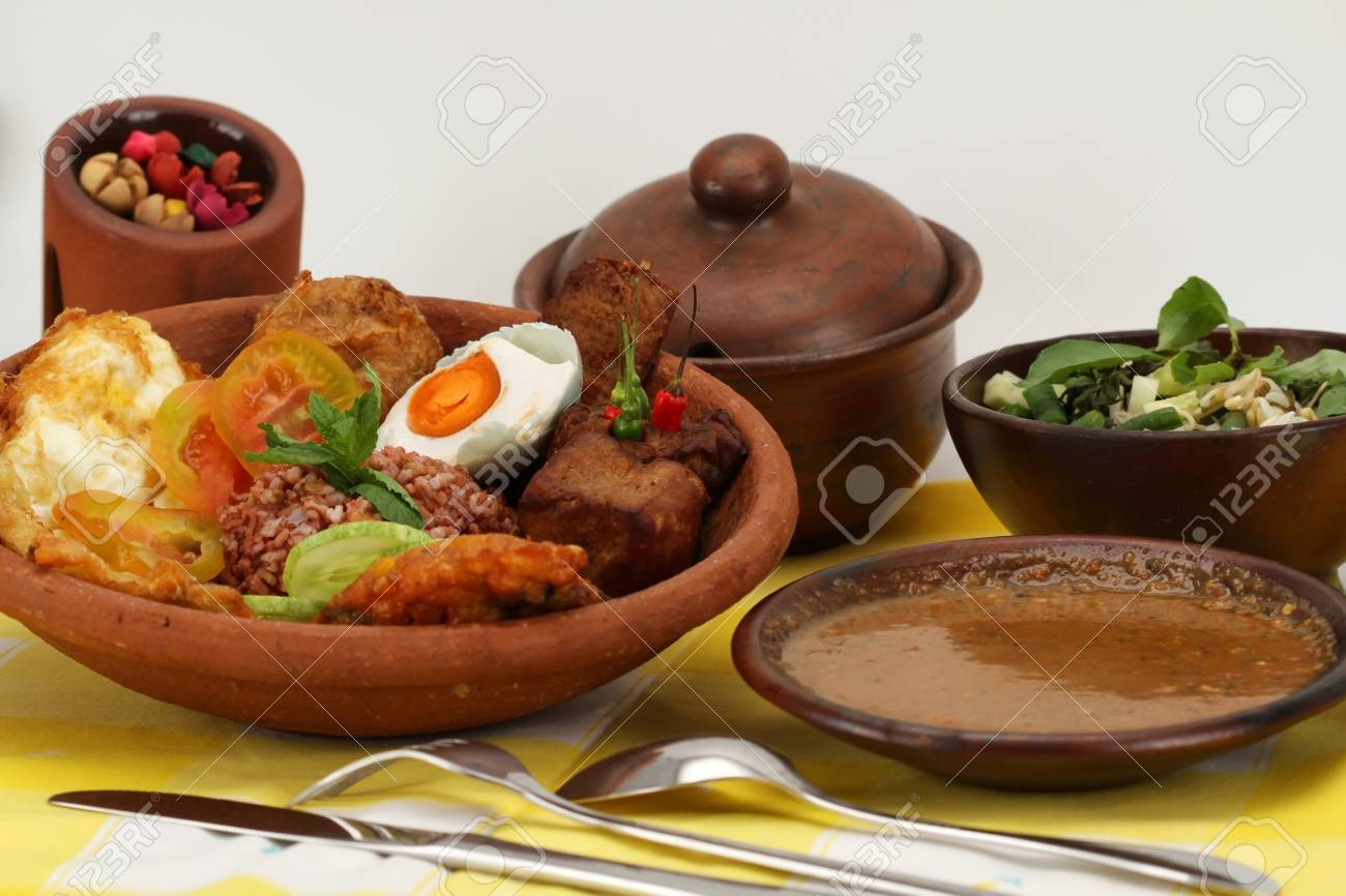 pecel インドネシア料理 ロイヤリティーフリーフォト ピクチャー 画像