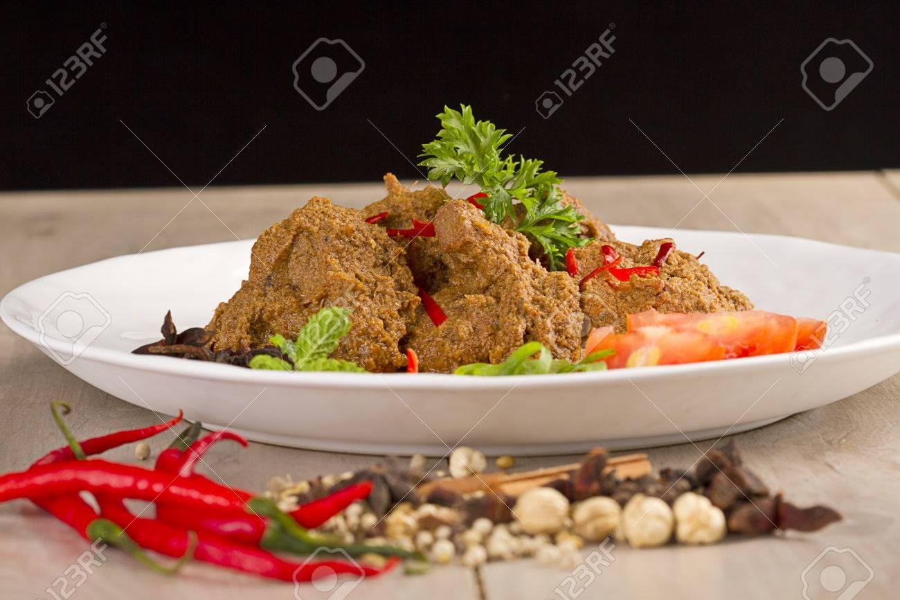 berühmte rendang padang, indonesische küche von west sumatra