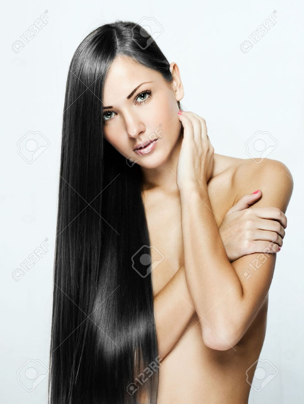 black hair , beautiful brunette woman with long natural hair , hairstyle. Stock Photo - 16011586