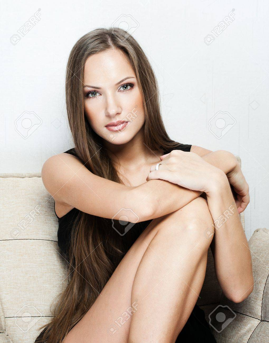 beautiful woman with long hair in dress , fashion model , glamour makeup Stock Photo - 16244855