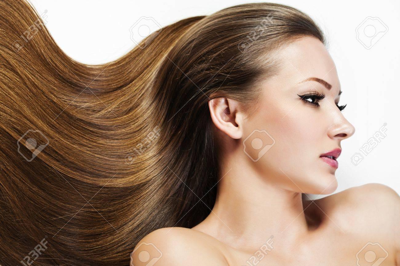 Belle Fille Brunette Cheveux Longs Saine Femme Modele Beaute Coiffure Femme Spa Banque D Images Et Photos Libres De Droits Image 18733725